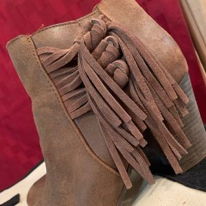 Suede Women's ankle boots-sold